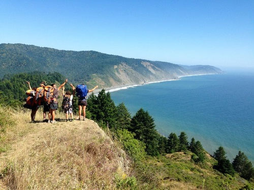 Lost Coast backpacking by Melanienacouzi, via Wikimedia Commons