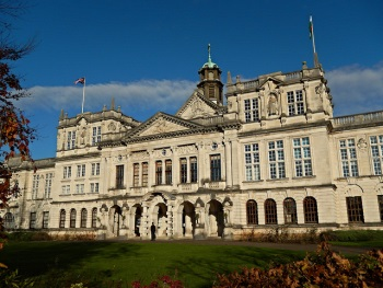 Main Building, Cardiff University photo by Jeremy Segrott on Flickr